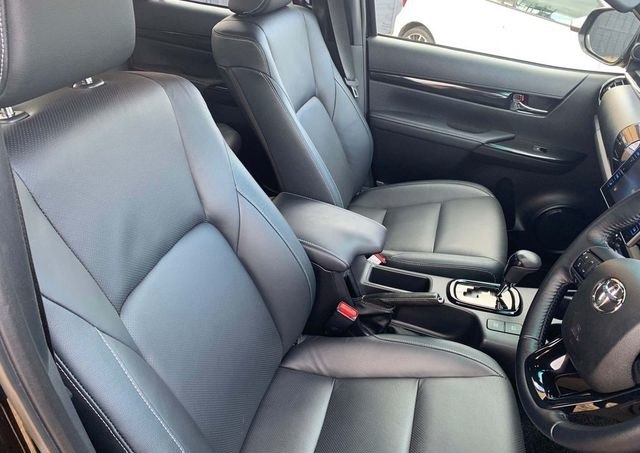 2019 Toyota Hilux Automatic Diesel full